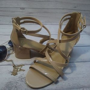 New material girl heel  size 7m color cream